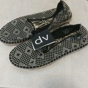 DV Dolce Vita NWT woven flats size 6.5, 7, and 7.5